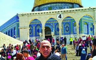fea014b5b50aa الصورة  الصورة  «أبو حبيب».. المسيحي رمزٌ للتسامح في المسجد الأقصى · «