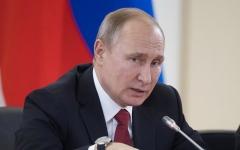 الصورة: الصورة: بوتين: الرئيس الأوكراني لا يملك مواصفات رئيس دولة