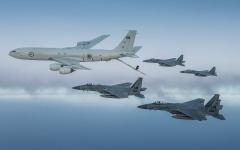 الصورة: الصورة: بالفيديو.. طائرات سعودية وأمريكية تحلق فوق الخليج