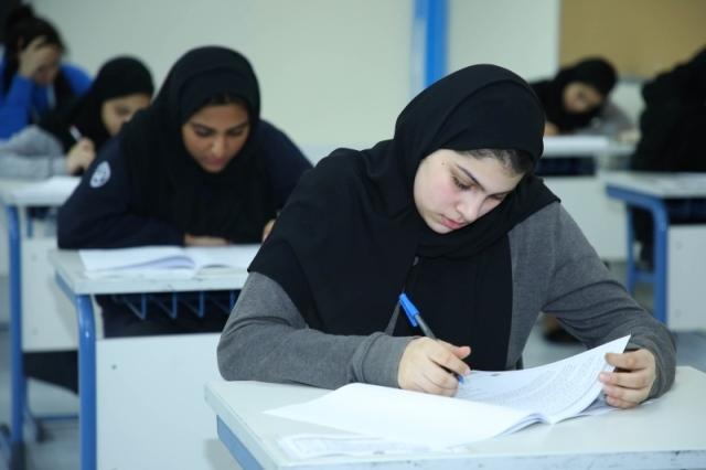 امتحان «الإنجليزية» يسعد الطلبة ويراعي الفروق الفردية - البيان