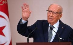 الصورة: الصورة: تونس: صحة السبسي في تحسن وأجرى اتصالاً مع وزير الدفاع