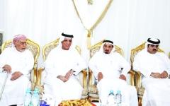 الصورة: الصورة: حاكما عجمان ورأس الخيمة والشيوخ يعزّون عبد الله الشرفاء في وفاة زوجته