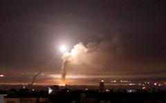 الصورة: الصورة: مقتل 4 في قصف إسرائيلي على دمشق
