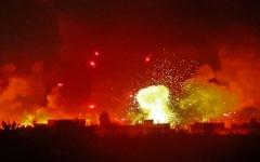 الصورة: الصورة: مقتل 15 شخصاً بينهم ستة مدنيين في القصف الإسرائيلي بسوريا