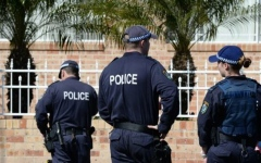 الصورة: الصورة: القبض على 3 أشخاص يشتبه في انتمائهم لداعش في أستراليا