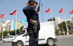 الصورة: الصورة: منع النقاب في المؤسسات العامة في تونس لدواعٍ أمنية