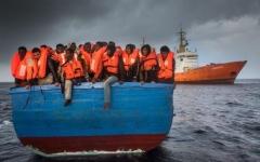 الصورة: الصورة: الآلاف يتظاهرون في ألمانيا دعماً لسفن إنقاذ المهاجرين من البحر