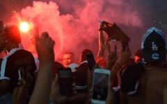 الصورة: الصورة: فرنسا تعتقل 43 شخصاً خلال احتفالات الجزائريين بفوز منتخبهم