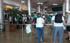 الصورة: الصورة: 28 طائرة لنقل المشجّعين الجزائريين إلى القاهرة