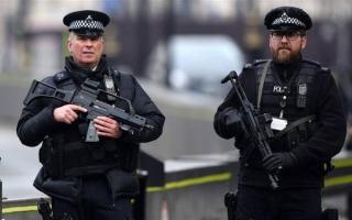 الصورة: الصورة: الشرطة البريطانية تعتقل شقيق منفذ هجوم مانشستر 2017 في مطار لندن