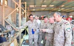 الصورة: الصورة: التحالف والقيادة الأمريكية يبحثان تدخلات إيران