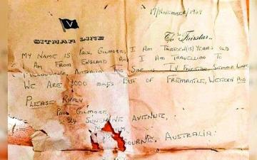 الصورة: الصورة: «رسالة في زجاجة» تصل بعد 50 عاماً