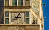 الصورة: الصورة: سر الساعة المعكوسة .. أشهر معالم تستور التونسية
