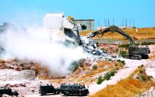 الصورة: الصورة: الاحتلال يهدم عشرات الشقق السكنية بالقدس