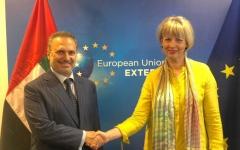 الصورة: الصورة: قرقاش:  قيمة التبادل التجاري الإماراتي الأوروبي يفوق 50 مليار يورو