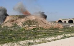 الصورة: الصورة: قتلى وجرحى بانفجار في مطار الشعيرات السوري