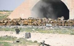 الصورة: الصورة: ارتفاع حصيلة قتلى انفجار مطار الشعيرات السوري إلى 31 شخصاً
