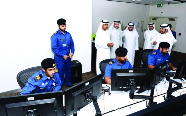 جمارك دبي تنهي إجراءات المسافرين في 5 دقائق عبر «الإفصاح المبكر الذكي» - البيان