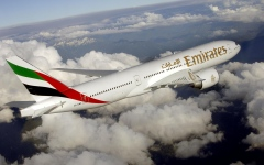 """الصورة: الصورة: طيران الإمارات تتأهب لـ """"يوم الذروة"""""""