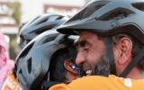 الصورة: الصورة: رحلة على الدراجات من لندن إلى السعودية للحج