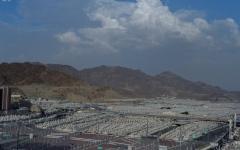 """الصورة: الصورة: """"منى"""" تحتضن أكثر من مليوني حاج في أكبر تجمّع بشري بالعالم"""