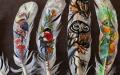 الصورة: الصورة: شاهد.. فنانة بلغارية تحوّل الريش إلى لوحات فنية