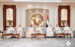 الصورة: الصورة: محمد بن راشد ومحمد بن زايد يستقبلان الحكام ويتبادلان معهم التهاني بعيد الأضحى