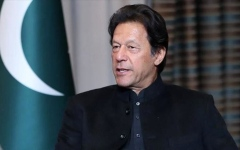 الصورة: الصورة: رئيس الوزراء الباكستاني بحث مع ترامب الأزمة في كشمير