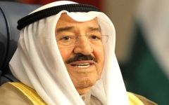 الصورة: الصورة: أمير الكويت يتعافى من عارض صحي
