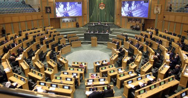 """""""النواب الأردني"""" يطالب بإعداد مقترح قانون يلغي استيراد الغاز الإسرائيلي"""