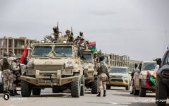 الصورة: الصورة: حفتر: لن نسمح بانتهاك سيادة ليبيا