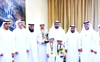 محمد الشرقي يستقبل لاعبي «الفجيرة للشطرنج»
