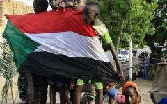 الصورة: الصورة: الفريق ياسر العطا لـ«البيان»: المؤسسة العسكرية ضمانة لردع لـ«الإخوان»