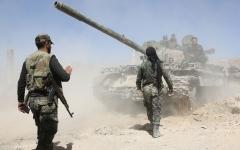 الصورة: الصورة: الجيش السوري يفرض طوقاً خانقاً على المعارضة في حماة