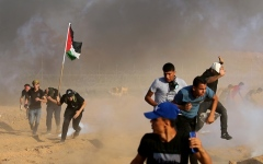 الصورة: الصورة: 122 جريحاً برصاص الاحتلال في غزة