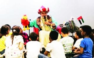 الصورة: الصورة: «دبي للثقافة» تُبهج الأيتام مع «أسارير»