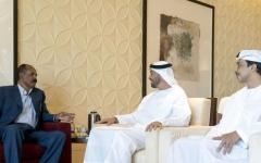 الصورة: الصورة: محمد بن زايد يبحث مع رئيس إريتريا تعزيز العلاقات والتطورات الدولية