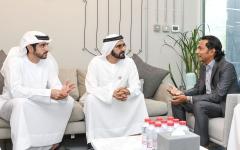 الصورة: الصورة: محمد بن راشد يلتقي رائد الأعمال الذي باع شركته بـ 3.3 مليار درهم
