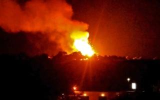الصورة: الصورة: انفجارات تهزّ مستودعاً عسكرياً تركياً في قبرص