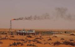 الصورة: الصورة: السعودية: السيطرة على حريقين في معملين تابعين لشركة أرامكو