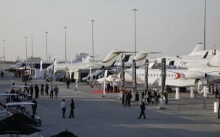 الصورة: الصورة: نمو الطيران الخاص في الإمارات ضعف العالمي