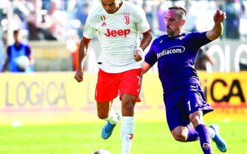 الصورة: الصورة: فيورنتينا يعرقل يوفنتوس في الدوري الإيطالي
