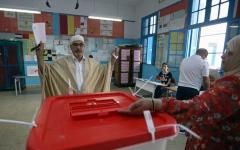 الصورة: الصورة: بدء التصويت في الجولة الأولى من انتخابات الرئاسة التونسية