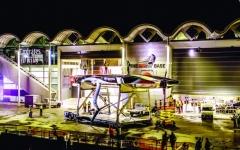 الصورة: الصورة: فريق طيران الإمارات نيوزيلندا يطلق أول يخت سباق
