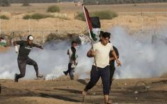 الصورة: الصورة: إصابة عشرات الفلسطينيين برصاص الاحتلال في الضفّة
