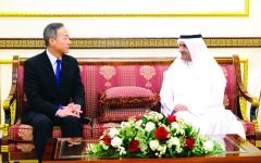 الصورة: الصورة: حاكم الفجيرة يبحث العلاقات مع سفيري كوريا الجنوبية وتايلاند
