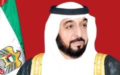 الصورة: الصورة: خليفة ومحمد بن راشد ومحمد بن زايد يهنئون رئيس مالي بذكرى الاستقلال