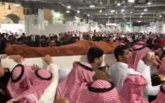 الصورة: الصورة: فيديو.. تشييع عبدالعزيز الفغم إلى مثواه الأخير