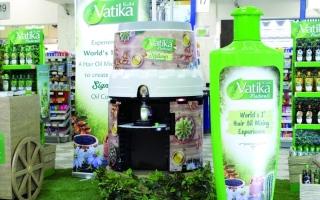 الصورة: الصورة: «دابر فاتيكا» تطلق جهازاً لاختيار خلطات الشعر المناسبة