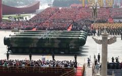 الصورة: الصورة: الصين تستعرض أسلحة خارقة في ذكرى التأسيس
